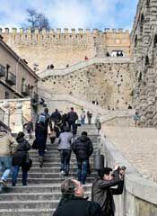 El 'puente' de San José y los eventos programados animan al sector turístico